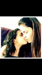 Manu e a mamãe, blogueira convidada do Viver, Fernanda Estessi, do Facebook InsulinaAmiga